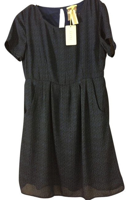 Item - Blue and Black Mid-length Short Casual Dress Size 16 (XL, Plus 0x)