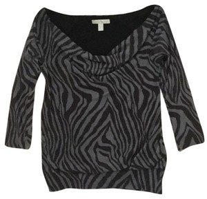 Weston Wear Cowl Neck 3/4 Sleeves Top Black and Grey