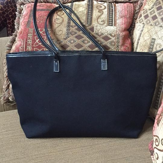 Clever Carriage Company Satchel in Black
