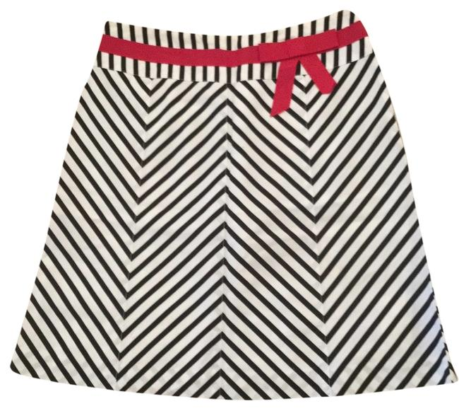 Preload https://item3.tradesy.com/images/black-and-white-skirt-size-6-s-28-9642757-0-1.jpg?width=400&height=650