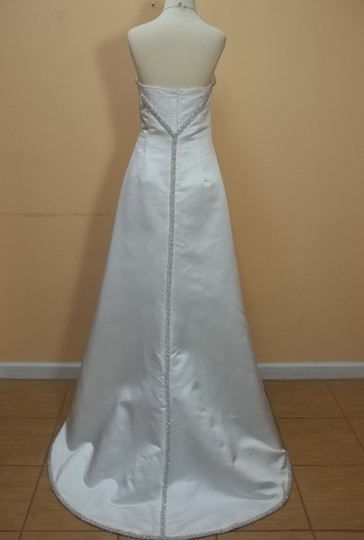 Demetrios White 869 Formal Wedding Dress Size 8 (M)