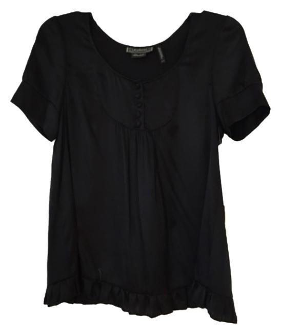 Preload https://item4.tradesy.com/images/guess-blac-blouse-size-0-xs-9643723-0-1.jpg?width=400&height=650