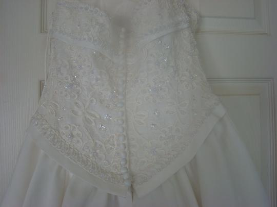 Private Label by G Ivory Satin Signature Line Of Traditional Wedding Dress Size 10 (M)