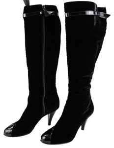 Preload https://item3.tradesy.com/images/chanel-black-velvet-with-patent-leather-tip-knee-high-bootsbooties-size-us-75-regular-m-b-9644662-0-1.jpg?width=440&height=440