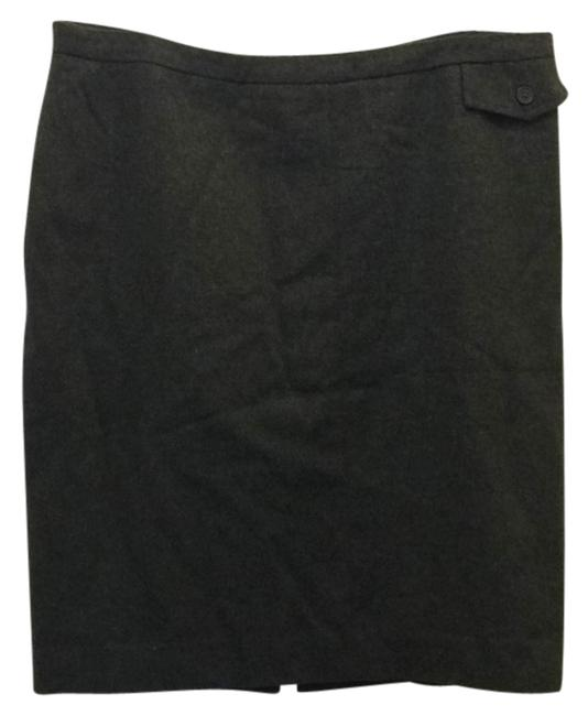 Preload https://img-static.tradesy.com/item/9645226/gap-grey-skirt-size-14-l-34-0-1-650-650.jpg