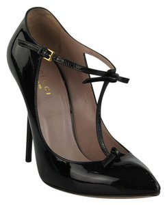 Gucci T-strap Pointed Toe Patent Leather Black Pumps