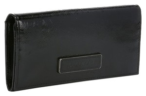 Longchamp LONGCHAMP NWT BLACKPATENT LEATHER SNAP WALLET