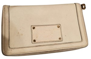 Marc by Marc Jacobs cream Clutch