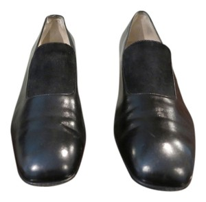 Salvatore Ferragamo Made In Italy Great Condition Elasticated Top For Comfort Low Heel Leather Black Pumps