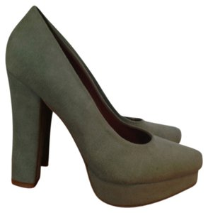 KATHRYN AMBERLEIGH Suede Dusty mint Pumps