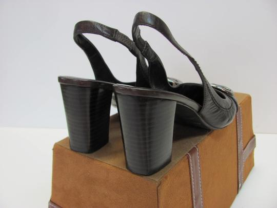 Nine West Leather Size 8.00 M Very Good Condition Brown Pumps