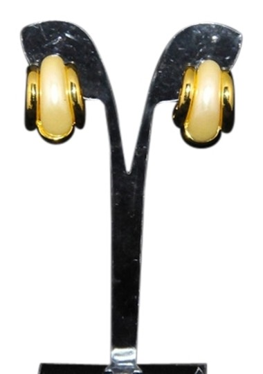 Preload https://item5.tradesy.com/images/joan-rivers-gold-and-multi-color-changeable-parts-vintage-new-pierced-and-navy-etc-earrings-9649429-0-1.jpg?width=440&height=440