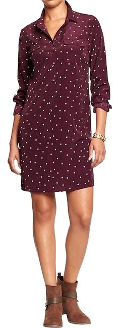 Preload https://img-static.tradesy.com/item/9651652/old-navy-maroon-printed-above-knee-short-casual-dress-size-12-l-0-1-650-650.jpg