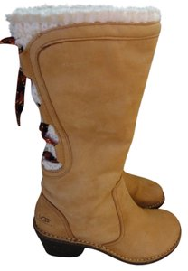 UGG Australia Suede Tan Lace Up Beige Boots