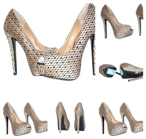 Steve Madden All Pumps Sandals Beige/Black Platforms