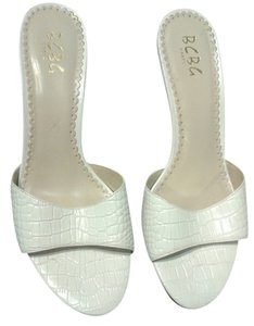 BCBG Paris white Sandals