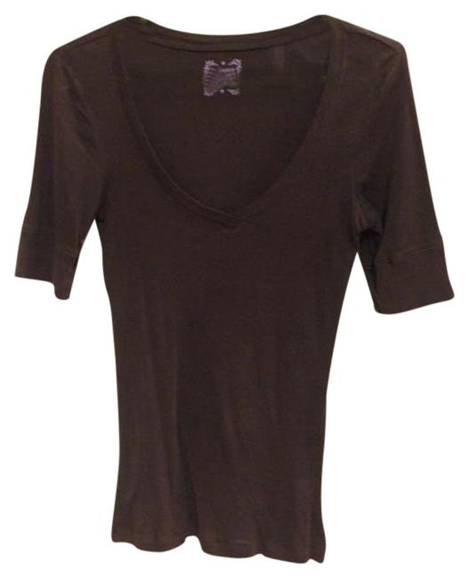 Preload https://item2.tradesy.com/images/old-navy-brown-v-neck-tee-shirt-size-6-s-965436-0-0.jpg?width=400&height=650