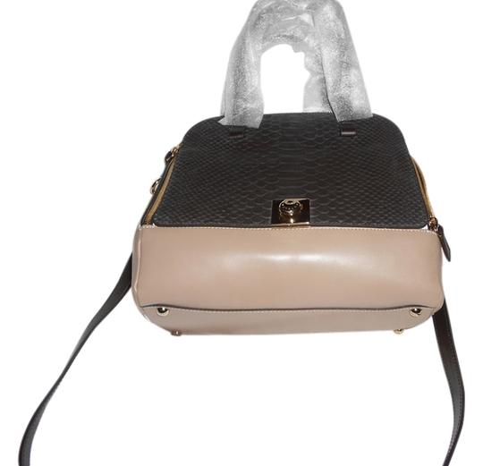 Preload https://item4.tradesy.com/images/furla-divinia-m-dome-top-convertible-handbag-coffeepetalooff-white-leather-shoulder-bag-9654988-0-3.jpg?width=440&height=440