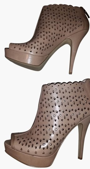 Preload https://img-static.tradesy.com/item/9656458/enzo-angiolini-taupe-leather-platform-studded-bootsbooties-size-us-85-regular-m-b-0-1-540-540.jpg