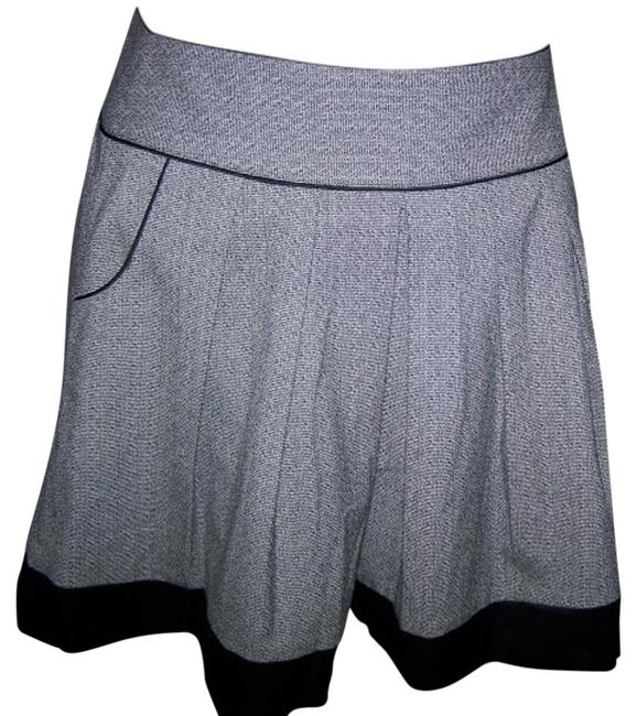 Preload https://item2.tradesy.com/images/maurices-pleated-medium-flare-sexy-skirt-black-and-white-96571-0-2.jpg?width=400&height=650