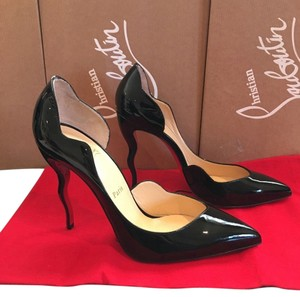 Christian Louboutin Size 38.5 Black Pumps