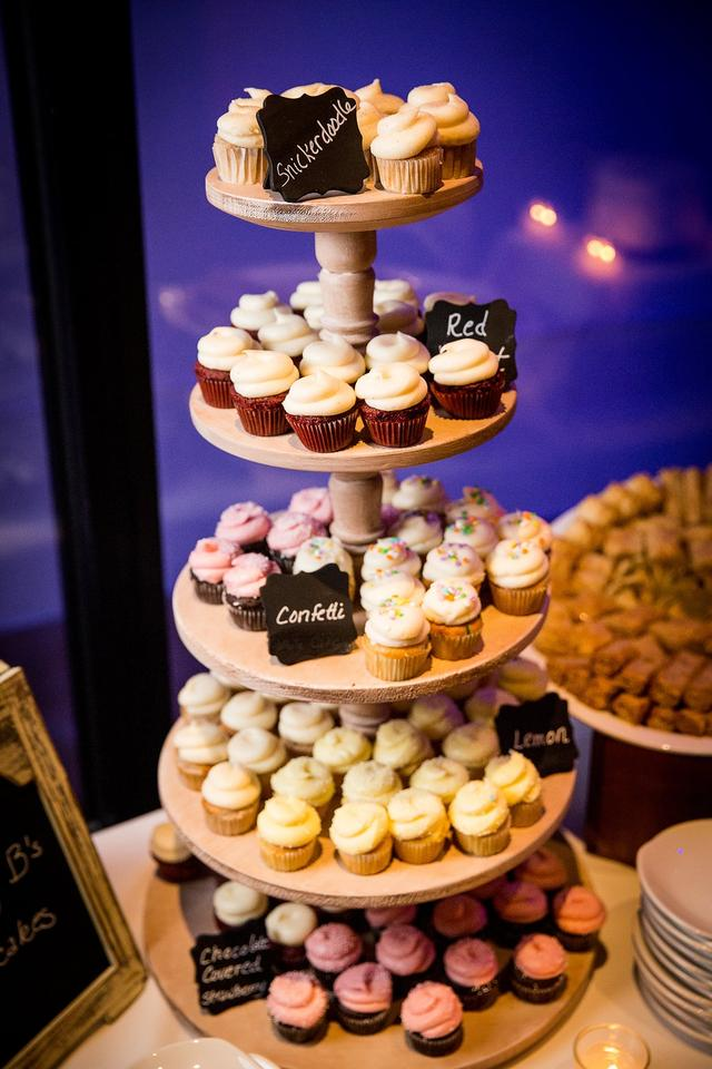 5 Tier Rustic Wooden Cupcake Stand 29 Off Retail