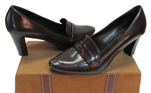 Etienne Aigner Size 9.00 M Very Good Condition Brown Pumps