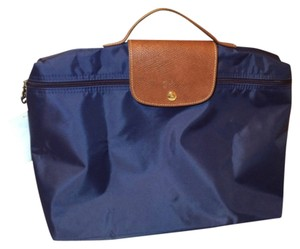 Longchamp Laptop Bags - Up to 90% off at Tradesy d37f99042a8e4
