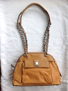 Olivia M Shoulder Bag