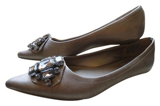 Preload https://item4.tradesy.com/images/studded-flats-size-us-65-967093-0-0.jpg?width=440&height=440