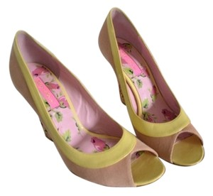 Betsey Johnson Wedges