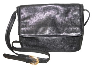 Stone Mountain Accessories Vintage Leather Cross Body Bag