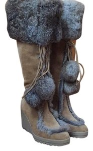 Coach Tan with fur Boots