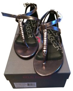 Kelsi Dagger Pewter/chocolate Sandals
