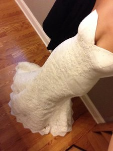 Oleg Cassini Oleg Cassini Sweathert Wedding Dress