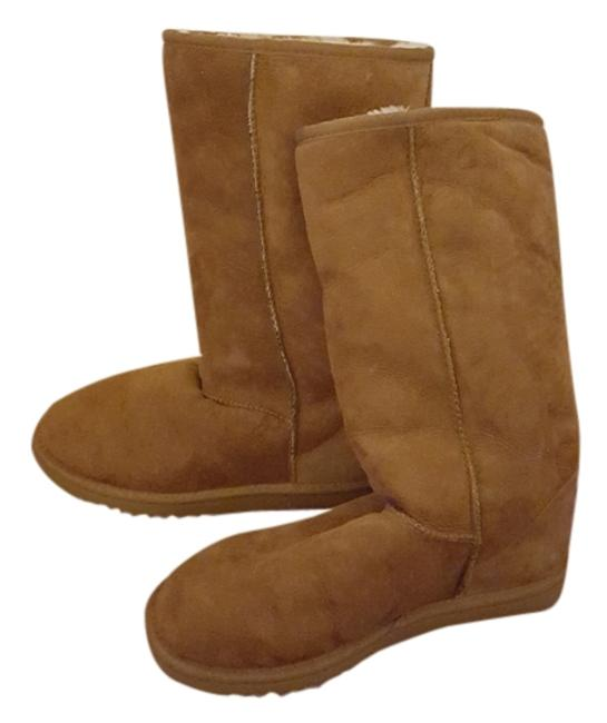 Item - Tan Boots/Booties Size US 8 Wide (C, D)