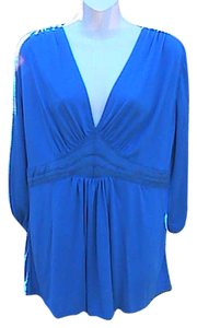 Avon New W/O Tag Top Blue
