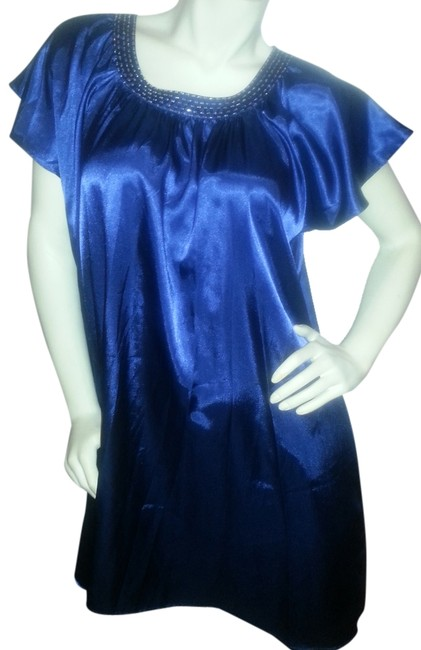 Preload https://item2.tradesy.com/images/blue-collection-tunic-size-12-l-968371-0-0.jpg?width=400&height=650