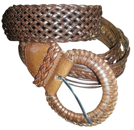 Preload https://item2.tradesy.com/images/brown-leather-woven-belt-968426-0-0.jpg?width=440&height=440