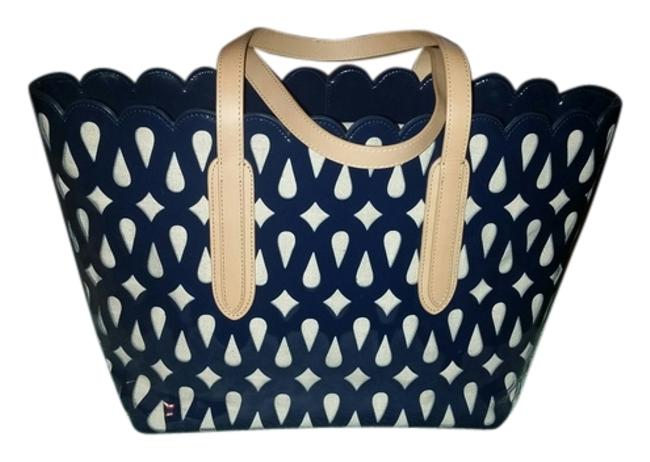 Item - Navy & Neutral Patent Leather Linen Lining Tote