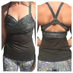 Lululemon New With Tags Lululemon Wrap It Up Tank Gator Green Akly Size 8Top