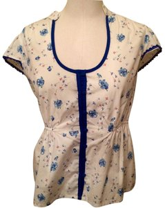 Odille Button Down Shirt White w Blue/Red flowers
