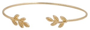 Cute bracelet Brand new gold leaves bracelet bangle