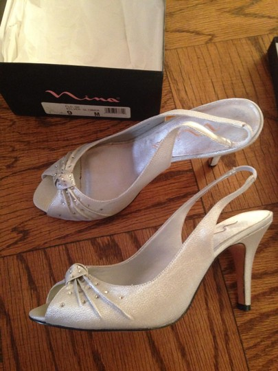 Nina Shoes Silver Glimmer Formal Size US 9