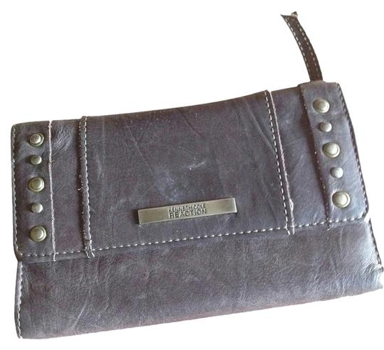 Preload https://item2.tradesy.com/images/kenneth-cole-brown-reaction-wallet-969141-0-0.jpg?width=440&height=440
