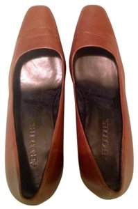 Aerosoles Brown Pumps