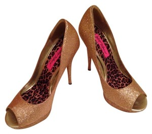 Betsey Johnson Sparkly Gold Pumps