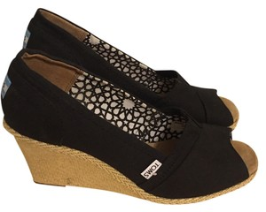 e952b909449e TOMS Wedges - Up to 90% off at Tradesy