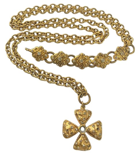 Preload https://item1.tradesy.com/images/chanel-extemely-rare-true-vintage-beltnecklace-969795-0-4.jpg?width=440&height=440