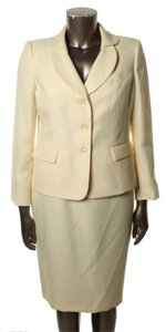 Le Suit LE SUIT NEW Womens Rose Garden Yellow Textured Skirt Suit 14. Ships in one day.
